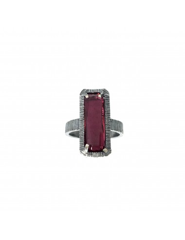 skyline medium ring in dark sterling silver with burgundy red cristal ceramic