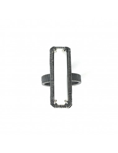skyline large ring in dark sterling silver with white cristal ceramic
