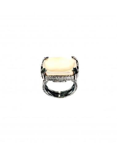 Sortija Plata Oxidada Rectangular Con Cristal Cerámico Beige Ceramic