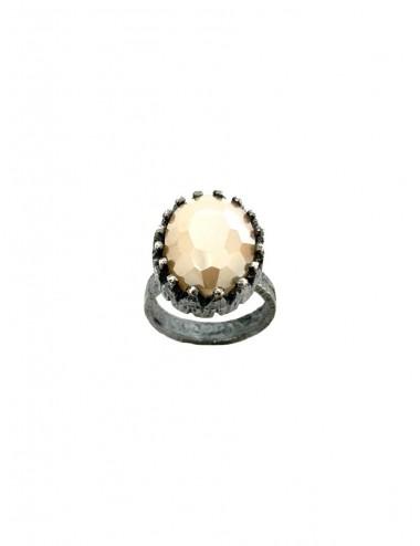 Sortija Plata Oxidada Oval Corona Simple Con Cristal Cerámico Beige Ceramic