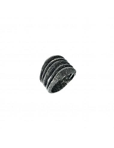 Dunes Five Ring in Dark Sterling Silver