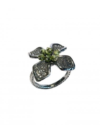 Petals medium Flower Ring in Dark Sterling Silver with Green Circonita Balls
