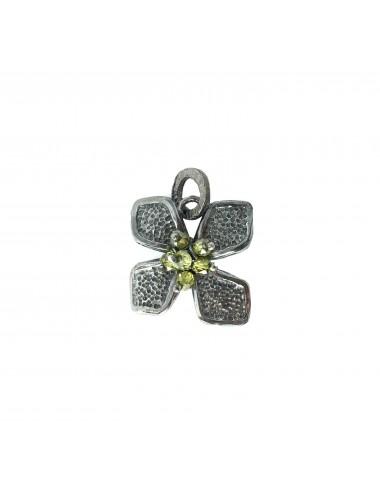 Colgante Plata Oxidada Flor Pequeña Con Bolitas Circonita Verde Petalos